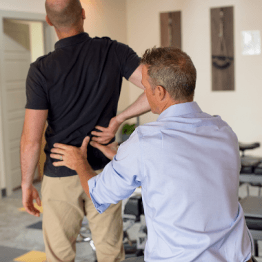 Mill Creek chiropractor providing pain management therapy